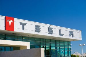 Read more about the article Family considers legal action against Tesla