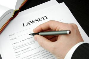 Deciding factors when filing a personal injury lawsuit
