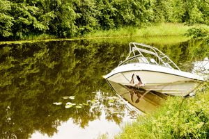 Read more about the article Alcohol-fueled boating accident results in two deaths